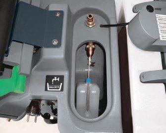 fregadora-conductor-acompañante-b45-1